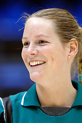 04-03-2006 VOLLEYBAL: FINAL 4 DAMES: HCC MARTINUS - DROS ALTERNO: ROTTERDAM<br /> Martinus was veel te sterk voor de dames uit Apeldoorn (3-0) / Ellen Krabben<br /> Copyrights 2006 WWW.FOTOHOOGENDOORN.NL
