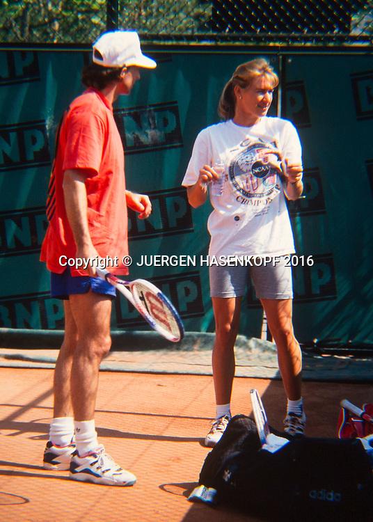 Steffi Graf (GER), Training mit Heinz Guenthard, Roland Garros, French Open 1994<br /> <br /> Tennis - French Open 1994 - Grand Slam ATP / WTA -  Roland Garros - Paris -  - France  - 24 November 2016.