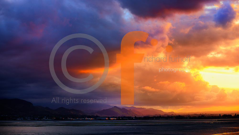 Job110101_NewZealand_DSC2421.tif.Approaching Storm at Sunset, Hastings, New Zealand..