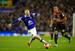 LIVERPOOL, ENGLAND - Saturday, January 4, 2014: Everton's Steven Naismith in action against Queens Park Rangers during the FA Cup 3rd Round match at Goodison Park. (Pic by David Rawcliffe/Propaganda)