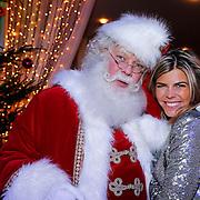NLD/Hilversum/20121207 - Skyradio Christmas Tree, Kim Kotter met de kerstman