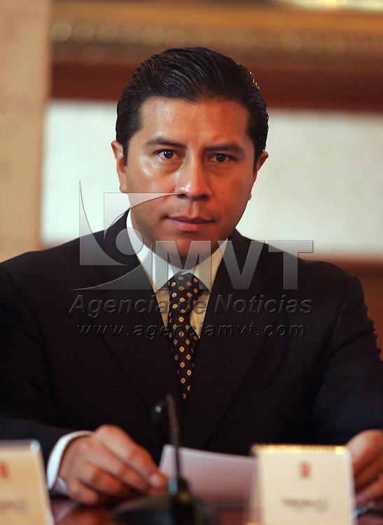 Toluca, Mex.-Juan Rodolfo Sanchez Gomez, Presidente Municipal de Toluca, durante la firma de convenio de la Comision de Derechos Humanos y el Ayuntamiento de Toluca, en Palacio Municipal . Agencia MVT / Javier Rodriguez. (DIGITAL)<br /> <br /> <br /> <br /> <br /> <br /> <br /> <br /> <br /> <br /> <br /> <br /> <br /> <br /> <br /> <br /> <br /> <br /> <br /> <br /> <br /> <br /> <br /> <br /> <br /> <br /> <br /> <br /> <br /> <br /> <br /> <br /> <br /> <br /> <br /> <br /> <br /> <br /> <br /> <br /> <br /> <br /> <br /> <br /> <br /> <br /> <br /> <br /> <br /> <br /> <br /> <br /> <br /> <br /> <br /> <br /> <br /> <br /> <br /> <br /> <br /> <br /> <br /> <br /> <br /> <br /> <br /> <br /> <br /> <br /> <br /> <br /> <br /> <br /> <br /> <br /> <br /> <br /> <br /> <br /> <br /> <br /> <br /> <br /> <br /> <br /> <br /> <br /> <br /> <br /> <br /> <br /> <br /> <br /> <br /> <br /> <br /> <br /> <br /> <br /> <br /> <br /> <br /> <br /> <br /> <br /> <br /> <br /> <br /> <br /> <br /> <br /> <br /> <br /> <br /> <br /> <br /> <br /> <br /> <br /> <br /> <br /> <br /> <br /> <br /> <br /> <br /> <br /> NO ARCHIVAR - NO ARCHIVE
