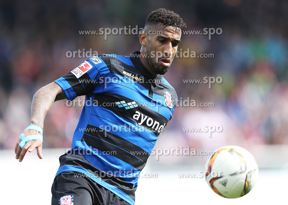03.04.2016, Volksbank Stadion, Frankfurt, GER, 2. FBL, FSV Frankfurt vs 1. FC Nuernberg, 28. Runde, im Bild v.l. Shawn Barry (FSV Frankfurt) // during the 2nd German Bundesliga 28th round match between FSV Frankfurt and 1. FC Nuernberg at the Volksbank Stadion in Frankfurt, Germany on 2016/04/03. EXPA Pictures &copy; 2016, PhotoCredit: EXPA/ Eibner-Pressefoto/ Voelker<br /> <br /> *****ATTENTION - OUT of GER*****