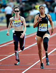 Great Britain's Stefanie Reid(L) competes in the women's 100M T12/T44 final, during the Samsung Diamond League meeting at Crystal Palace in London on August 14, 2010.