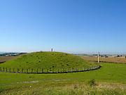 prähistorische Fürstengrabhügel bei Hundersingen, Naturpark obere Donau, Baden-Württemberg, Deutschland.|.prehistoric barrow, nature park upper Danube, Baden-Wuerttemberg, Germany