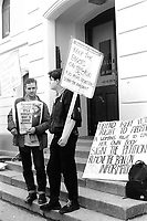 Irish Socialist, Right to Choose protest in Naas. Sunday Tribune. 14/3/92. (Part of the Independent Newspapers Ireland/NLI Collection)