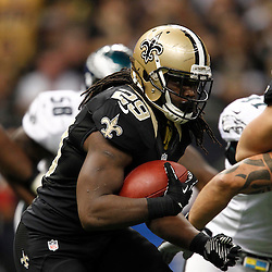 November 5, 2012; New Orleans, LA, USA; New Orleans Saints running back Chris Ivory (29) runs against the Philadelphia Eagles during the second half of a game at the Mercedes-Benz Superdome. The Saints defeated the Easgles 28-13. Mandatory Credit: Derick E. Hingle-US PRESSWIRE