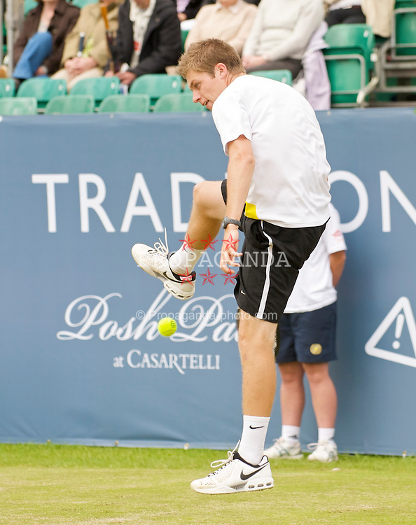 LIVERPOOL, ENGLAND - Friday, June 19, 2009: Neal Skupski (GBR) during Day Three of the Tradition ICAP Liverpool International Tennis Tournament 2009 at Calderstones Park. (Pic by David Rawcliffe/Propaganda)