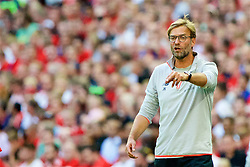 LONDON, ENGLAND - Saturday, August 6, 2016: Liverpool's manager Jürgen Klopp during the International Champions Cup match against FC Barcelona at Wembley Stadium. (Pic by Xiaoxuan Lin/Propaganda)