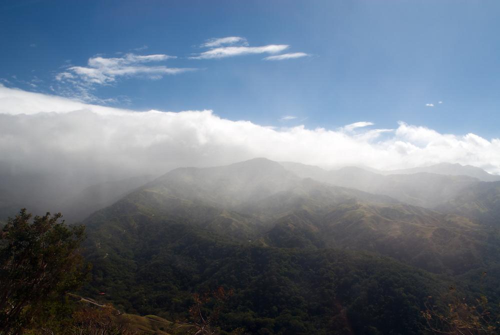 Cloud forest, Costa Rica. Cloud forest in the Cordillera de Tilarán mountain range, Costa Rica, near to the Monteverde Cloud forest reserve (Reserva Biológica Bosque Nuboso Monteverde)