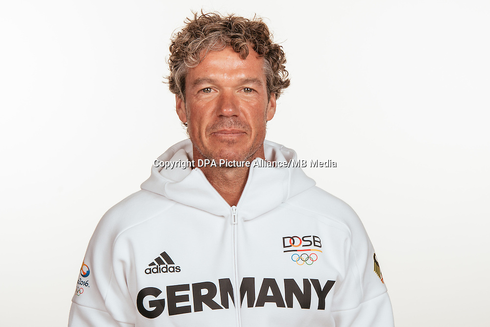 Ulrich Zilg poses at a photocall during the preparations for the Olympic Games in Rio at the Emmich Cambrai Barracks in Hanover, Germany, taken on 19/07/16 | usage worldwide