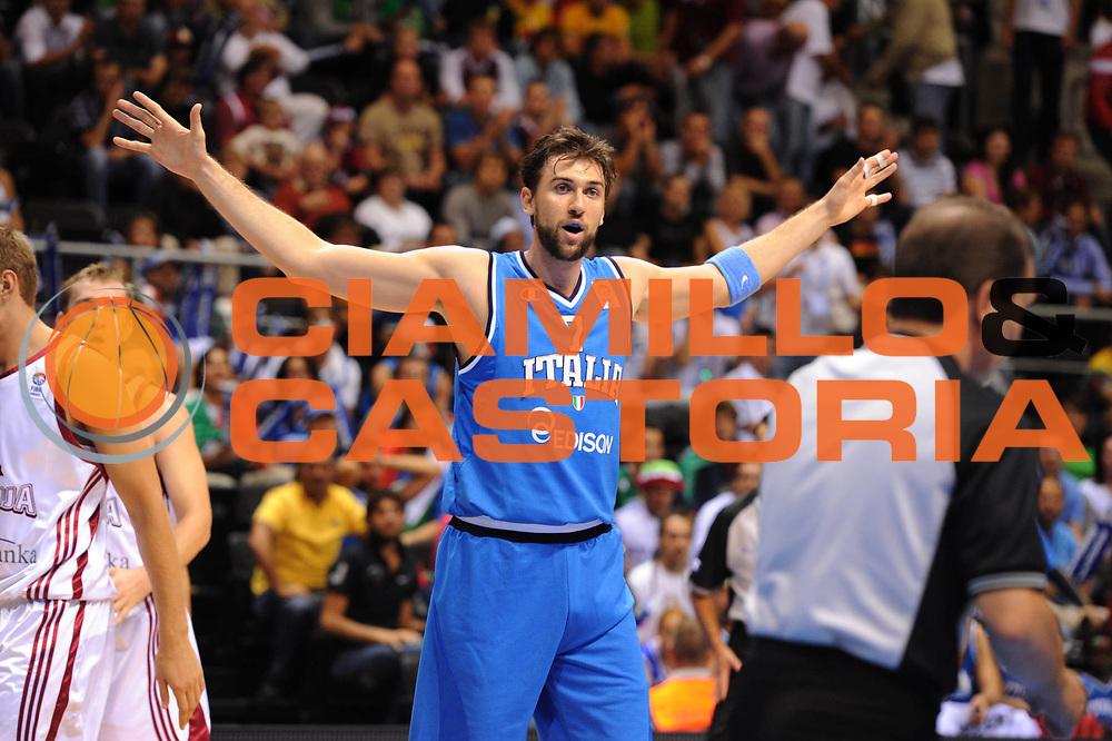 DESCRIZIONE : Siauliai Lithuania Lituania Eurobasket Men 2011 Preliminary Round Italia Lettonia Italy Latvia<br /> GIOCATORE : Danilo Gallinari<br /> SQUADRA : Italia Italy<br /> EVENTO : Eurobasket Men 2011<br /> GARA : Italia Lettonia Italy Latvia<br /> DATA : 02/09/2011 <br /> CATEGORIA : palleggio<br /> SPORT : Pallacanestro <br /> AUTORE : Agenzia Ciamillo-Castoria/GiulioCiamillo<br /> Galleria : Eurobasket Men 2011 <br /> Fotonotizia : Siauliai Lithuania Lituania Eurobasket Men 2011 Preliminary Round Italia Lettonia Italy Latvia<br /> Predefinita :