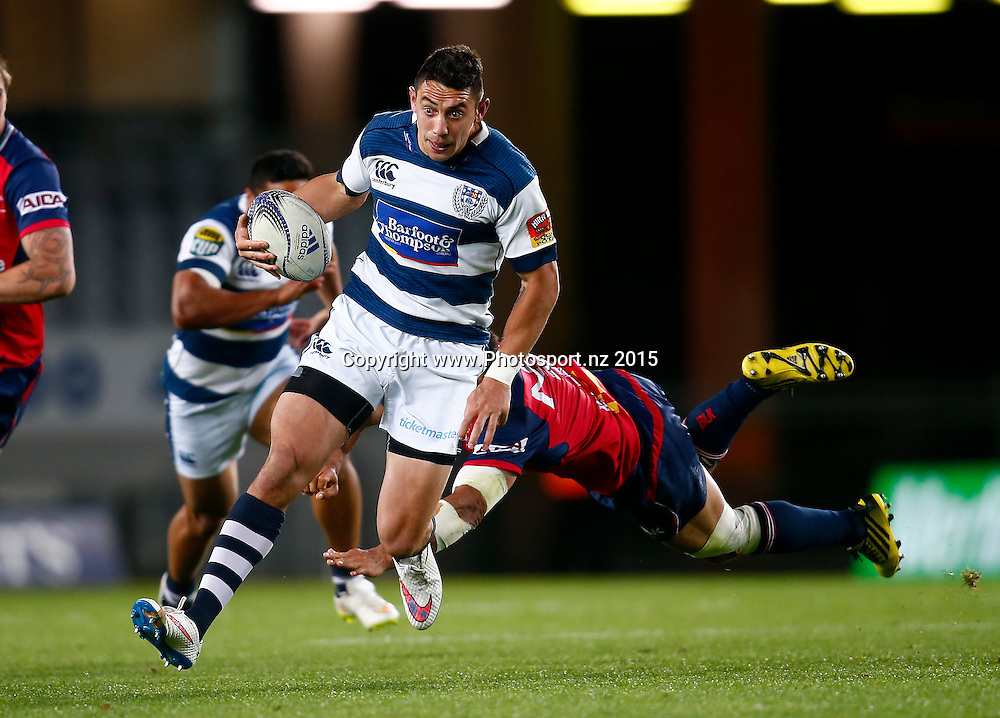Auckland's Bryce Heem makes a break and scores a try. ITM Cup, Premiership Semi Final, Auckland v Tasman, Eden Park Auckland, Friday 16th October 2015. Copyright Photo: Shane Wenzlick / www.photosport.nz