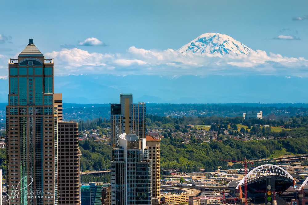 Mt. Rainier as seen from the Space Needle in Seattle, WA - Zoomed in at 100mm
