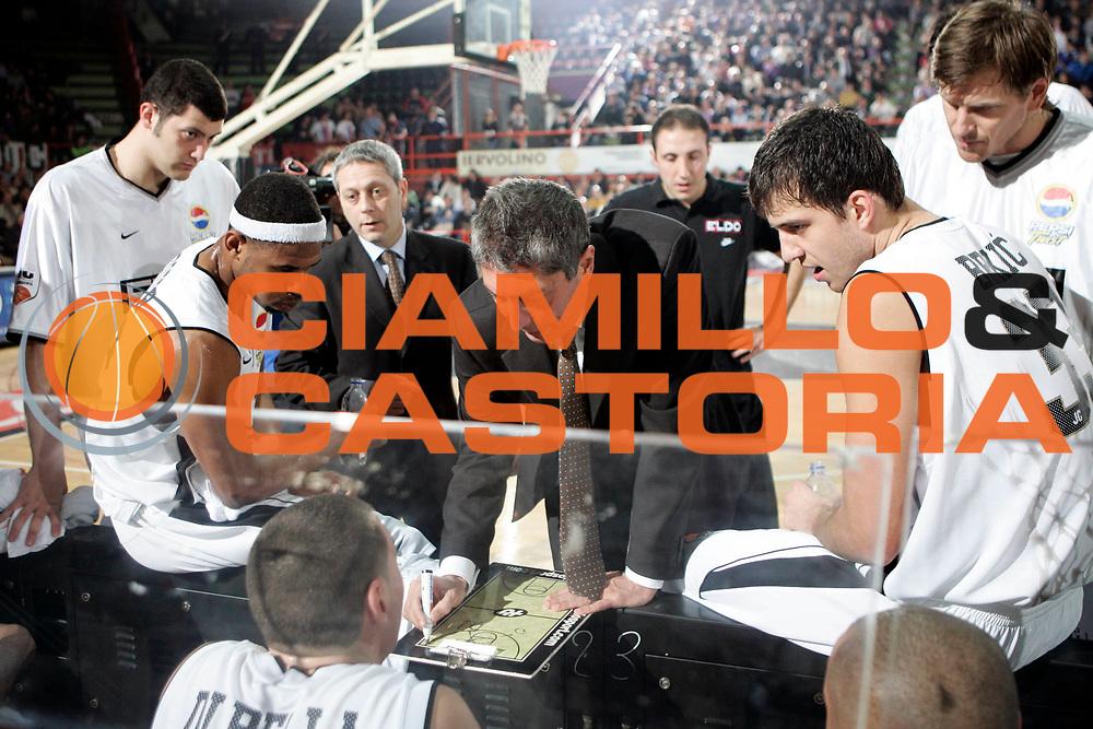 DESCRIZIONE : Caserta Lega A 2008-09 Eldo Caserta Angelico Biella<br /> GIOCATORE : Fabrizio Fratres<br /> SQUADRA : Eldo Caserta<br /> EVENTO : Campionato Lega A 2008-2009 <br /> GARA : Eldo Caserta Angelico Biella<br /> DATA : 29/03/2009<br /> CATEGORIA : timeout<br /> SPORT : Pallacanestro <br /> AUTORE : Agenzia Ciamillo-Castoria/A.De Lise