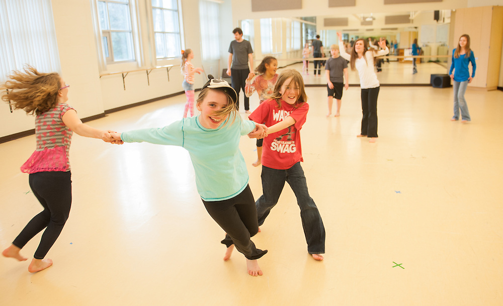 Dance students teach local elementary school students through ZagDance. (Photo by Gonzaga University)