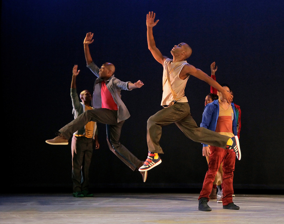 HOME.Choreography by Rennie Harris .Alvin Ailey American Dance Theater.Credit Photo: Paul Kolnik.studio@paulkolnik.com.nyc 212-362-7778..