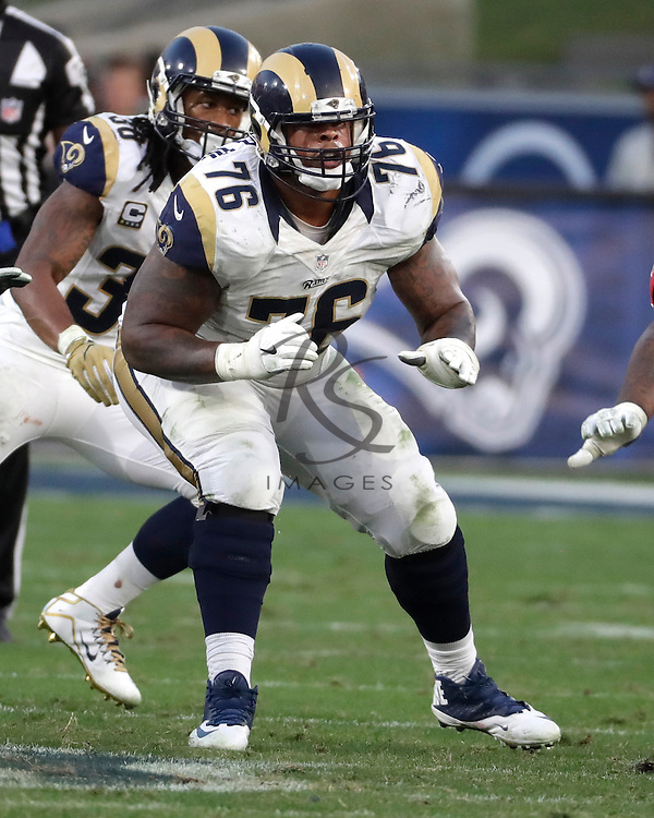 Los Angeles Rams guard Rodger Saffold (76) during the first half of an NFL football game against the Atlanta Falcons, Sunday, Dec. 11, 2016, in Los Angeles. (AP Photo/Rick Scuteri)