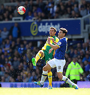 Gary O&rsquo;Neil of Norwich and Gareth Barry of Everton in action during the Barclays Premier League match at Goodison Park, Liverpool<br /> Picture by Paul Chesterton/Focus Images Ltd +44 7904 640267<br /> 15/05/2016
