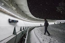 20.02.2016, Olympiaeisbahn Igls, Innsbruck, AUT, FIBT WM, Bob und Skeleton, Herren, Viererbob, 2. Lauf, im Bild Lukas Kolb, Markus Glueck, Markus Treichl, Adrian Platzgummer (AUT) // Lukas Kolb Markus Glueck Markus Treichl Adrian Platzgummer of Austria competes during Four-Man Bobsleigh 2nd run of FIBT Bobsleigh and Skeleton World Championships at the Olympiaeisbahn Igls in Innsbruck, Austria on 2016/02/20. EXPA Pictures © 2016, PhotoCredit: EXPA/ Johann Groder