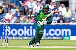 Quinton de Kock of South Africa - Mandatory by-line: Robbie Stephenson/JMP - 06/07/2019 - CRICKET - Old Trafford - Manchester, England - Australia v South Africa - ICC Cricket World Cup 2019 - Group Stage