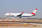Israel, Ben-Gurion international Airport Austrian Airlines - Boeing 767-3Z9