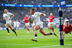 Anthony Watson of England runs in a first half try - Mandatory byline: Patrick Khachfe/JMP - 07966 386802 - 12/03/2016 - RUGBY UNION - Twickenham Stadium - London, England - England v Wales - RBS Six Nations.