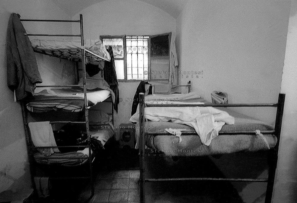 Roma 2000.Carcere di Regina Coeli.Cella con 4 letti  . Regina Coeli (Queen of Heaven) Prison..Cell with four beds