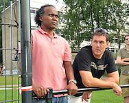 30-08-2008 VOETBAL:AUDAX JEUGDTOERNOOI 2008:TILBURG<br /> Scouts van de jeugdopleidingen zijn aanwezig zoals hier oud Feyenoorders Gaston Taument en Joop Hiele<br /> Foto: Geert van Erven