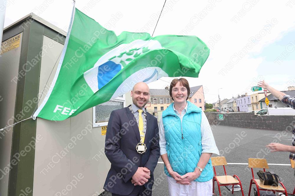 Pol O Maolruanaidh - Meara and Brid Ni Chomrai (Priomhoide) pictured at the Green Flag Day at Gaelscoil Ui Choimin NS Kilrush on Monday.<br /> Pic. Brian Arthur/ Press 22.