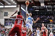 DESCRIZIONE : Campionato 2014/15 Dinamo Banco di Sardegna Sassari - Openjobmetis Varese<br /> GIOCATORE : David Logan<br /> CATEGORIA : Tiro Penetrazione<br /> SQUADRA : Dinamo Banco di Sardegna Sassari<br /> EVENTO : LegaBasket Serie A Beko 2014/2015<br /> GARA : Dinamo Banco di Sardegna Sassari - Openjobmetis Varese<br /> DATA : 19/04/2015<br /> SPORT : Pallacanestro <br /> AUTORE : Agenzia Ciamillo-Castoria/L.Canu<br /> Predefinita :
