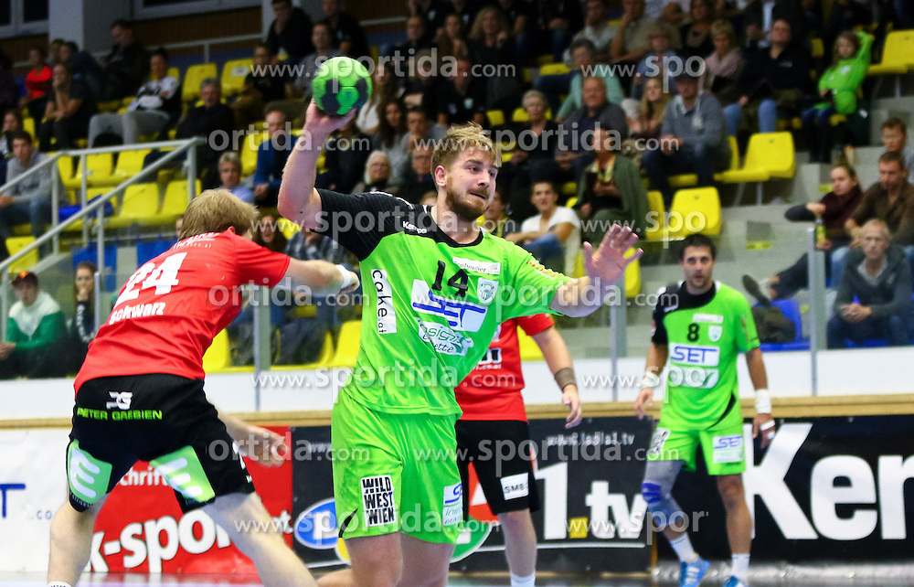 25.09.2015, BSFZ Suedstadt, Maria Enzersdorf, AUT, HLA Grunddurchgang, SG INSIGNIS Handball WESTWIEN vs Union JURI Leoben, im Bild Fabian Posch (WestWien)// during the Handball League Austria Match between SG INSIGNIS Handball WESTWIEN and Union JURI Leoben at the BSFZ Suedstadt, Maria Enzersdorf, Austria on 2015/09/25, EXPA Pictures © 2015, PhotoCredit: EXPA/ Sebastian Pucher