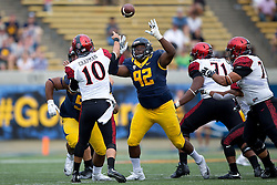 BERKELEY, CA - SEPTEMBER 12:  Defensive tackle Marcus Manley #92 of the California Golden Bears pressures quarterback Christian Chapman #10 of the San Diego State Aztecs during the fourth quarter at California Memorial Stadium on September 12, 2015 in Berkeley, California. The California Golden Bears defeated the San Diego State Aztecs 35-7. (Photo by Jason O. Watson/Getty Images) *** Local Caption *** Marcus Manley; Christian Chapman