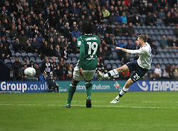 Tom Barkhuizen of Preston North End (R) scores his sides second goal - Mandatory by-line: Jack Phillips/JMP - 28/10/2017 - FOOTBALL - Deepdale - Preston, England - Preston North End v Brentford - Football League Championship