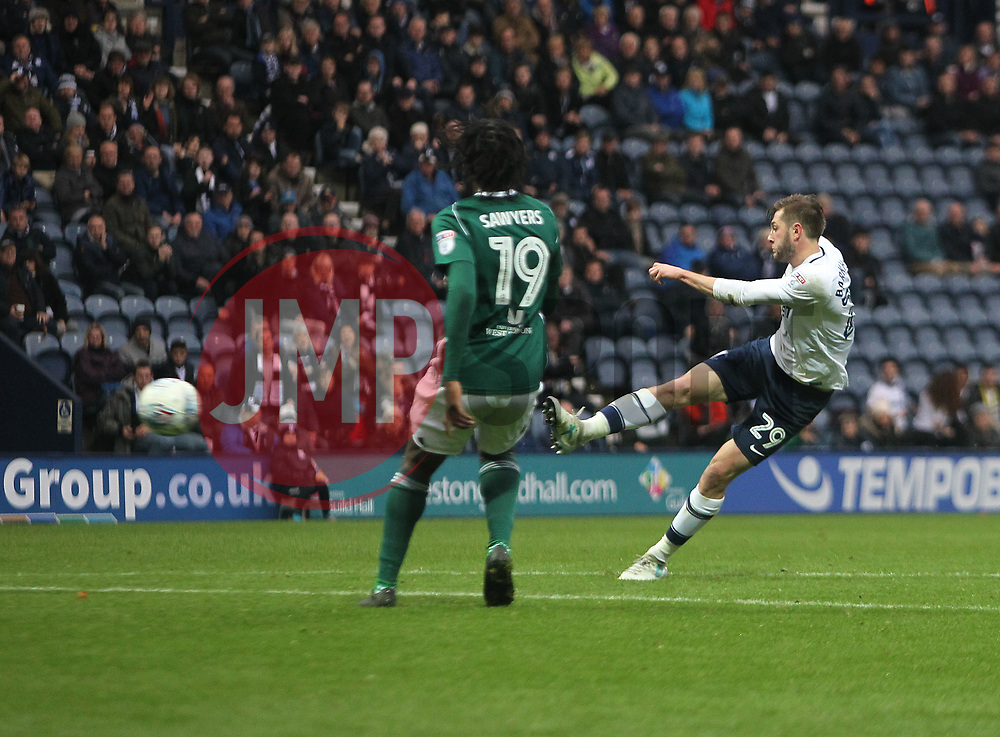 Tom Barkhuizen of Preston North End (R) scores his sides second goal - Mandatory by-line: Jack Phillips/JMP - 28/10/2017 - FOOTBALL - Deepdale - Preston, England - Preston North End v Brentford - Football League Championship