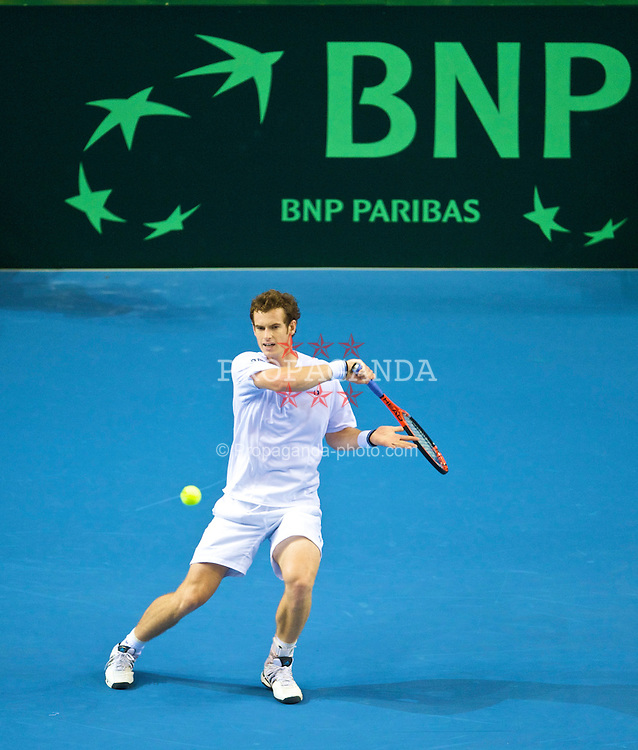 LIVERPOOL, ENGLAND - Friday, September 18, 2009: Great Britain's Andy Murray during his Davis Cup 2nd Round Play-Off match against Poland at the Liverpool Arena. (Pic by David Rawcliffe/Propaganda)