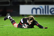 Nathan Fowles scores try during the Guinness Pro 14 2017_18 match between Edinburgh Rugby and Ospreys at Myreside Stadium, Edinburgh, Scotland on 4 November 2017. Photo by Kevin Murray.