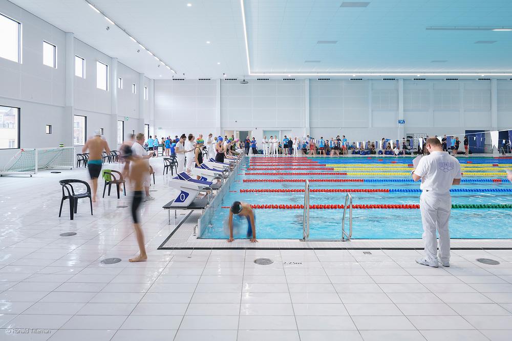 Zwemcentrum rotterdam zuidplein kraaijvanger architects