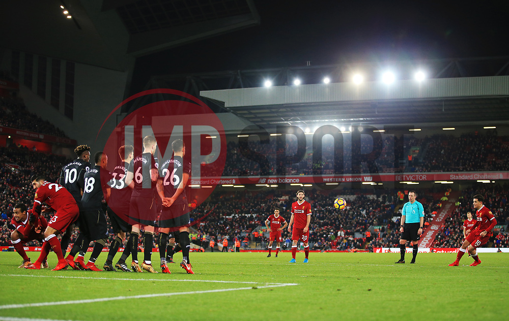 Philippe Coutinho of Liverpool takes a free kick - Mandatory by-line: Matt McNulty/JMP - 26/12/2017 - FOOTBALL - Anfield - Liverpool, England - Liverpool v Swansea City - Premier League