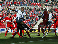 Photo: Andrew Unwin.<br />Middlesbrough v West Ham United. The Barclays Premiership. 17/04/2006.<br />West Ham are unlucky not to be awarded a penalty as the ball appears to strike Middlesbrough's Massimo Maccarone (R) on the arms.
