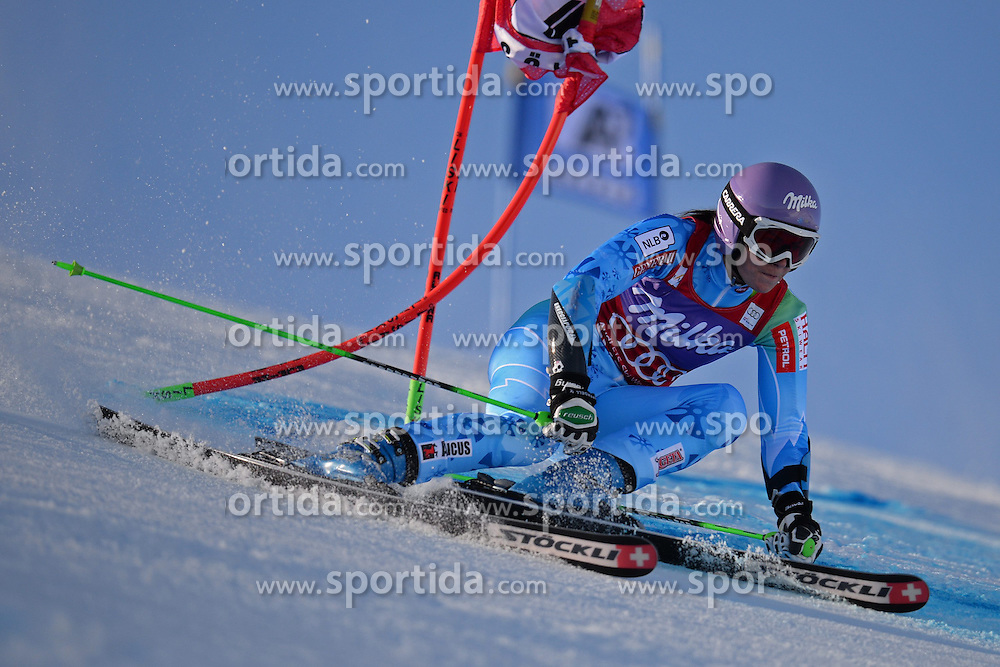 26.10.2013, Rettembach Ferner, Soelden, AUT, FIS Ski Alpin, FIS Weltcup, Ski Alpin, 1. Durchgang, im Bild Tina Maze from Slovenia races down the course // Tina Maze from Slovenia races down the course during 1st run of ladies Giant Slalom of the FIS Ski Alpine Worldcup opening at the Rettenbachferner in Soelden, Austria on 2012/10/26 Rettembach Ferner in Soelden, Austria on 2013/10/26. EXPA Pictures © 2013, PhotoCredit: EXPA/ Mitchell Gunn<br /> <br /> *****ATTENTION - OUT of GBR*****
