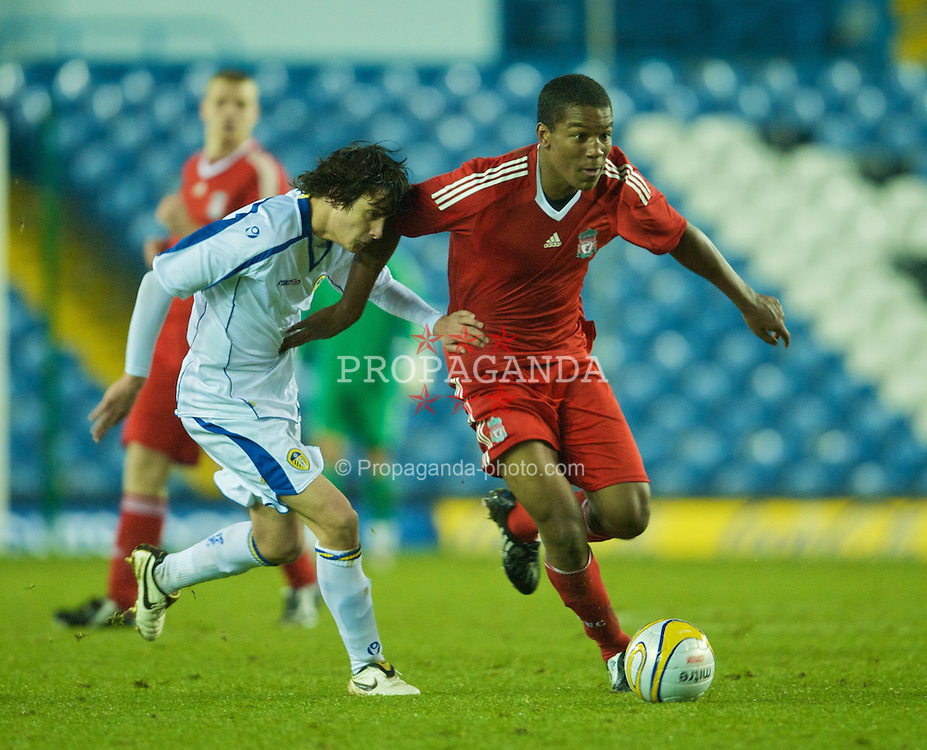 LEEDS, ENGLAND - Tuesday, December 2, 2008: Liverpool's Andre Wisdom in action against Leeds United's Joe McCann during the FA Youth Cup 3rd Round at Elland Road. (Photo by David Rawcliffe/Propaganda)