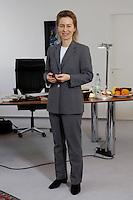 12 DEC 2005, BERLIN/GERMANY:<br /> Ursula von der Leyen, CDU, Bundesfamilienministerin, in ihrem Buero, Bundesministerium fuer Familie, Senioren, Frauen, und Jugend<br /> Ursula von der Leyen, Federal Minister for family, Seniors, Women and Youth, in her office<br /> IMAGE: 20051212-01-047<br /> KEYWORDS: Büro