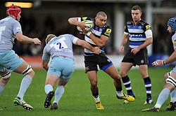 Jonathan Joseph of Bath Rugby in possession - Mandatory byline: Patrick Khachfe/JMP - 07966 386802 - 05/12/2015 - RUGBY UNION - The Recreation Ground - Bath, England - Bath Rugby v Northampton Saints - Aviva Premiership.