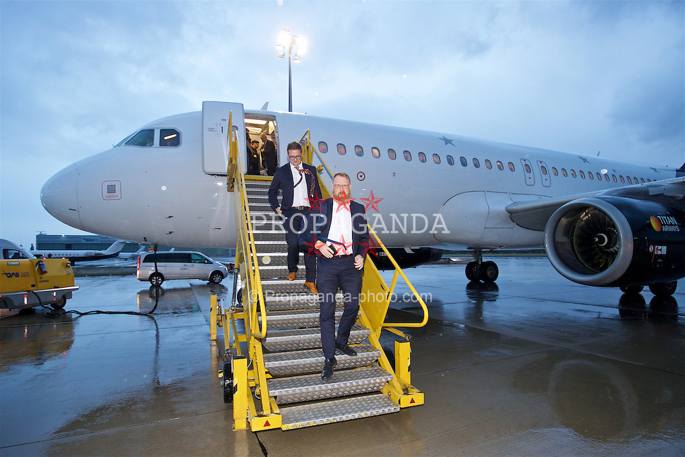 VIENNA, AUSTRIA - Wednesday, October 5, 2016: Wales' head of international affairs Mark Evans arrives at Vienna International Airport ahead of the 2018 FIFA World Cup Qualifying Group D match against Austria. (Pic by David Rawcliffe/Propaganda)