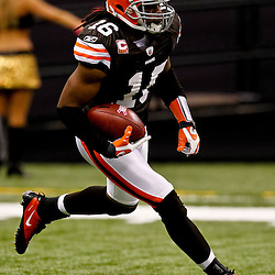 Oct 24, 2010; New Orleans, LA, USA; Cleveland Browns wide receiver Josh Cribbs (16) runs with the ball during a game against the New Orleans Saints at the Louisiana Superdome. Mandatory Credit: Derick E. Hingle