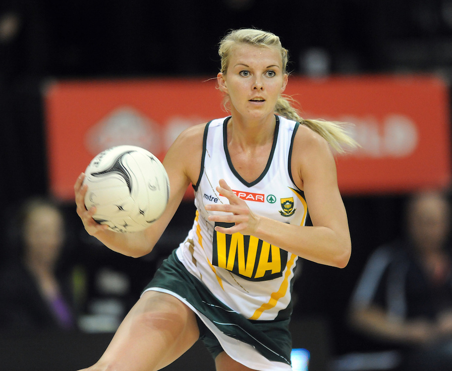 South Africa's Nadia Uys against Australia in the Quad Series netball, TSB Arena, Wellington, New Zealand, Thursday, October 25, 2012. Credit:SNPA / Ross Setford