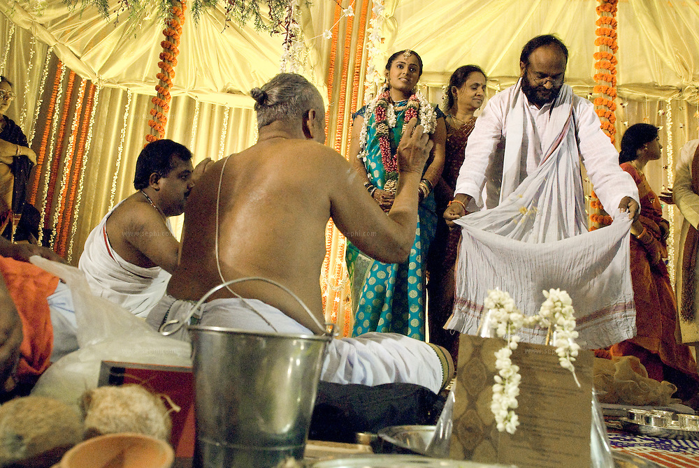 Bride and her father at a South Indian Traditional Tamil Brahmin Wedding