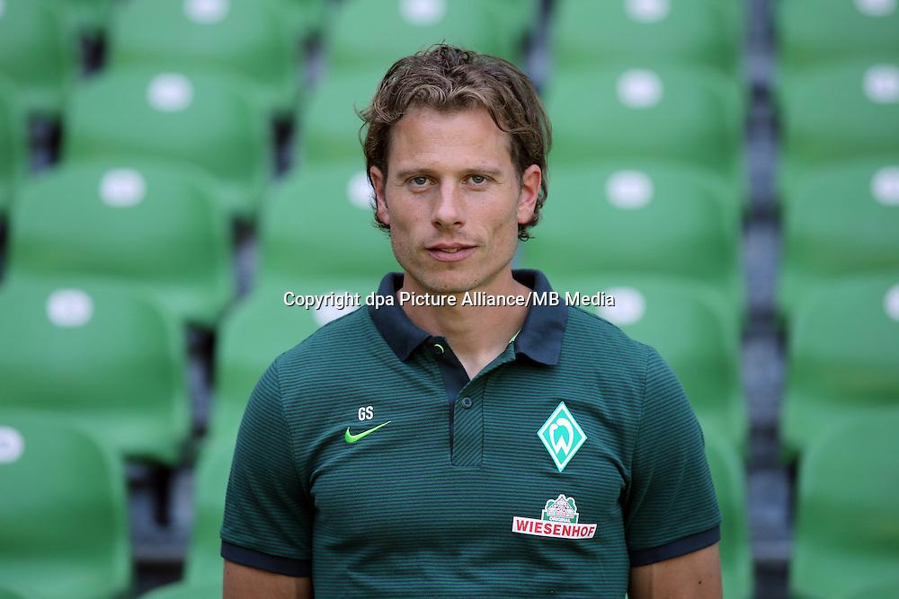 German Bundesliga - Season 2016/17 - Photocall Werder Bremen on 20 July 2016 in Bremen, Germany: Athletic-coach Guenther Stoxreiter. Photo: Focke Strangmann/dpa | usage worldwide