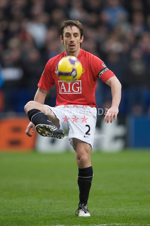BOLTON, ENGLAND - Saturday, January 17, 2009: Manchester United's Gary Neville in action against Bolton Wanderers during the Premiership match at the Reebok Stadium. (Mandatory credit: David Rawcliffe/Propaganda)